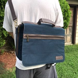NEW Tommy Hilfiger Navy Men's Canvas Messenger Bag